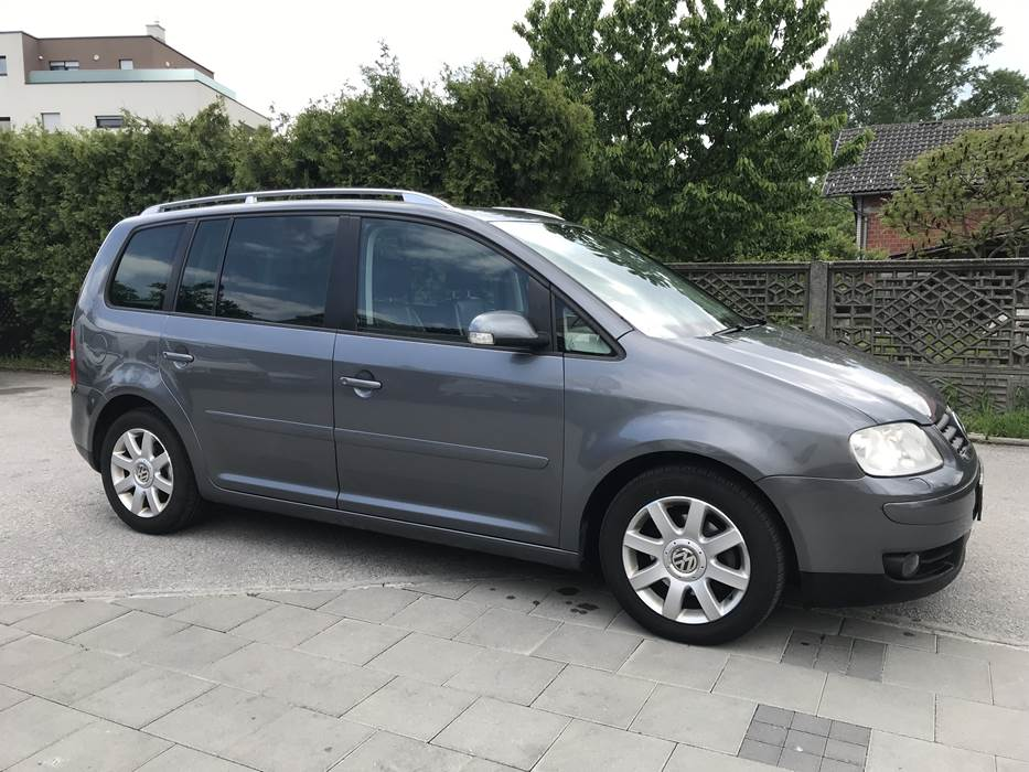 VW TOURAN automatik